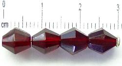 Best.Nr.:27081 facettierte Glasperlen biconen granatrot