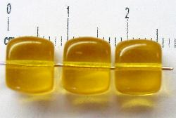 Best.Nr.:49090 Glasperlen Würfel  hellhoniggelb transp., hergestellt in Gablonz / Tschechien