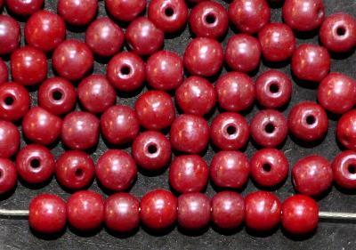 Best.Nr.:22153 Glasperlen rund, rot opak mit lüster, in den 1940/50 Jahren in Gablonz/Böhmen hergestellt,