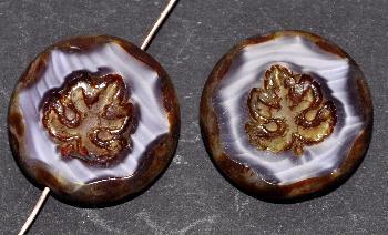 Best.Nr.:671248 Glasperlen geschliffen/ Table Cut Beads Perlettglas violett, mit eingepägtem Blatt und picasso finish