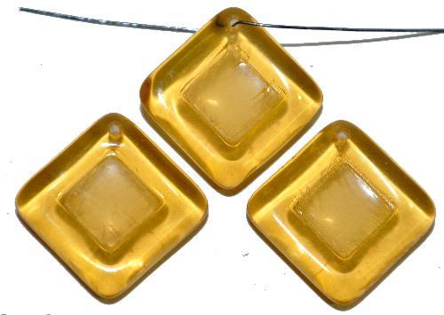 Best.Nr.:s-0085 Glasperlen Quadrate,  helltopas transp.,  hergestellt in Gablonz Tschechien