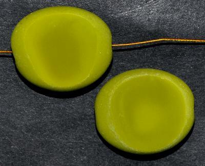 Best.Nr.:671144 Glasperlen / Table Cut Beads geschliffen olivgrün